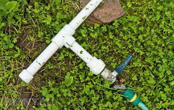 Полипропиленовые трубы в саду