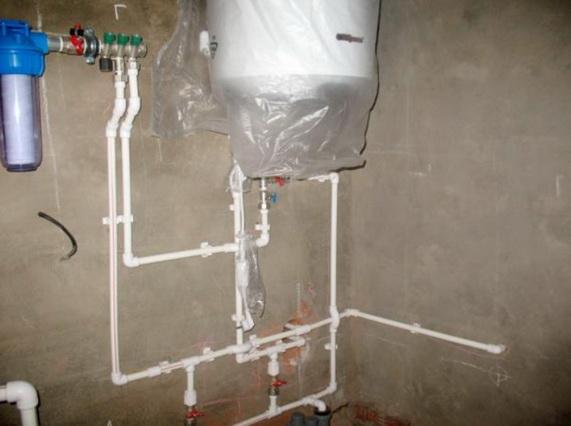 Создание водопровода в домашних условиях