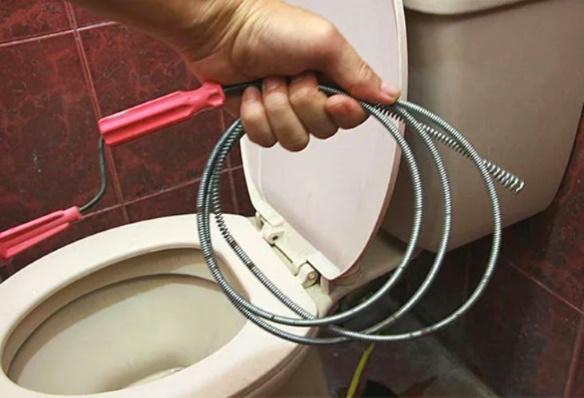 сантехнический трос для унитаза