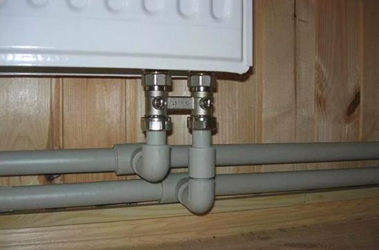 Схема включения радиаторов с нижним подключением