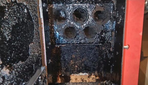 Загрязнение на теплообменнике твердотопливного