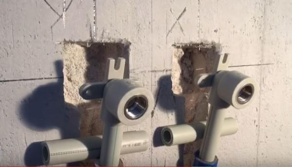 Монтаж трубопровода для смесителя – установка водяной розетки